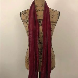Apt 9 scarf burgundy-red with silver tints